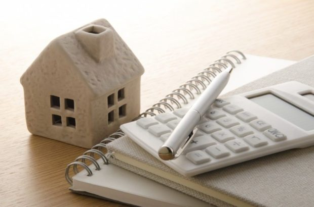 تنها ۱۵ درصد از ارزش کلی واحد های مسکونی به واسطه وام های کنونی مسکن تأمین می شود