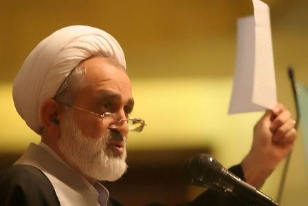 انتقاد های شدید سالک از عباس آخوندی