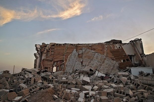 کارمندان بنیاد مسکن حاضر در مناطق زلزله زده و حق مأموریت ۲۶ میلیارد تومانی